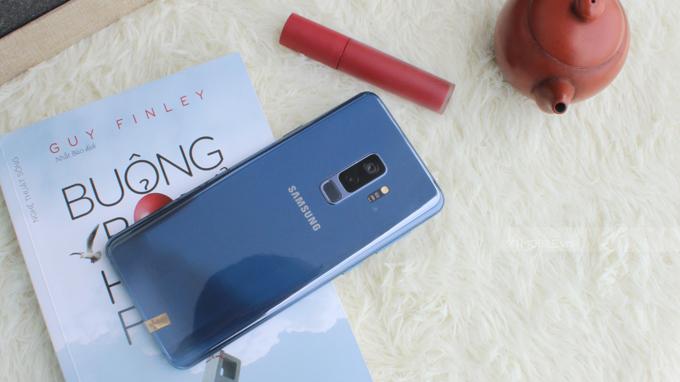 Galaxy S9 Plus 64GB cũ xách tay Hàn Quốc là điện thoại đáng sở hữu trong năm 2018