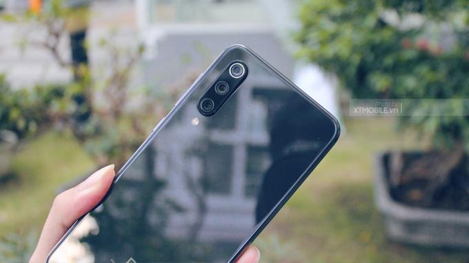 Xiaomi Mi 9 6GB/128GB tích hợp đến 3 camera, cảm biến chính lên đến 48 MP