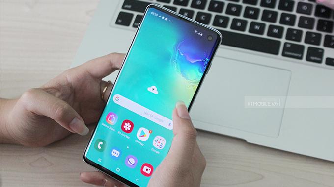 Samsung Galaxy S10 128GB hoạt động nhanh hơn và tiết kiệm hơn nhiều so với thế hệ trước
