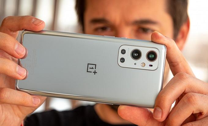 Camera nâng cấp lớn và công nghệ sạc nhanh 65W