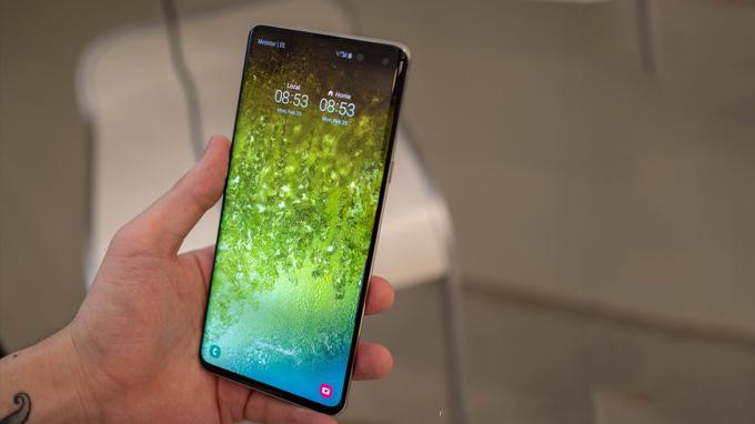 Exynos 9820 hay Snapdragon 855 đều mang đến cho Galaxy S10 5G sức mạnh đáng kinh ngạc