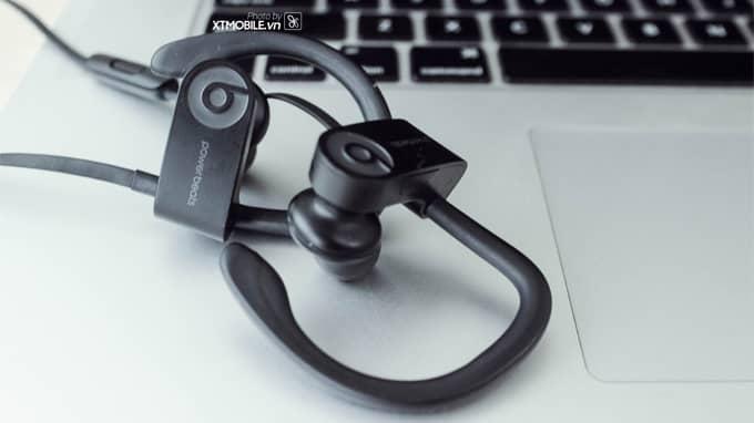 Tai nghe PowerBeats 3 Wireless là sản phẩm thứ hai của Apple trang bị chip không dây W1