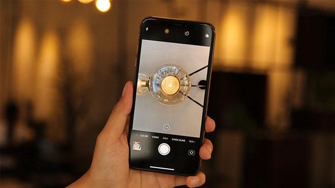 iPhone Xs Max 64GB cũ có khả năng thực hiện 1 ngàn tỷ phép tính mỗi giây cho mỗi bức ảnh