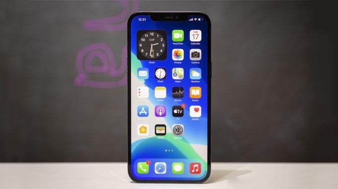 iPhone 12 Pro Max 256GB VN/A là chiếc iPhone có kích thước màn hình lớn