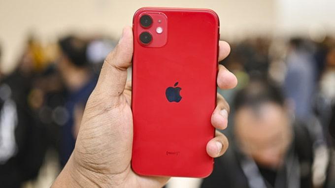 thiết kế iPhone 11 128GB cũ đó là phần camera phía sau.
