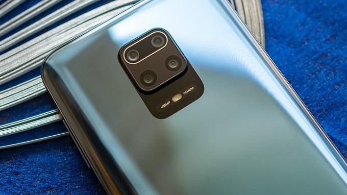 Hệ thống camera ấn tượng và viên pin khủng nhất tầm giá