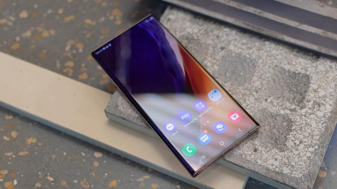 Màn hình ấn tượng, xứng danh Samsung