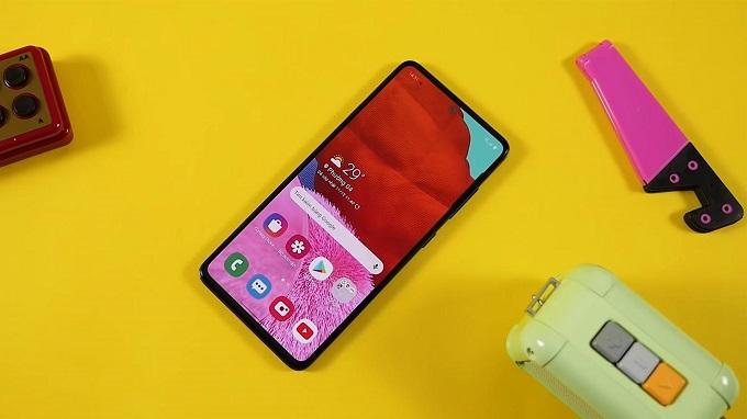 Màn hình hoàn hảo chứng minh tên tuổi Samsung