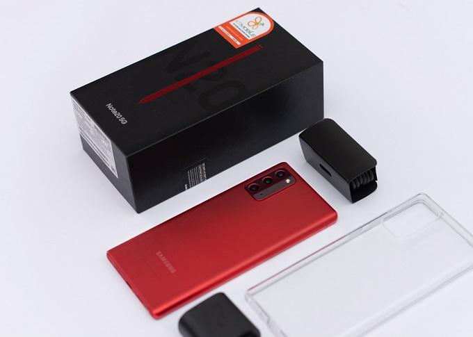 Chiếc Galaxy Note 20 5G màu đỏ tại XTmobile