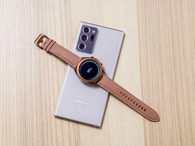 Galaxy Watch 3 hỗ trợ sạc không dây