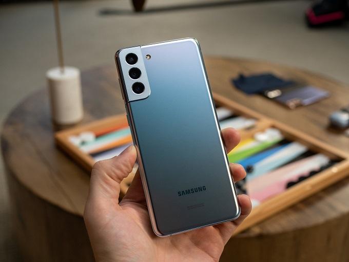 Thiết kế xứng danh flagship Samsung