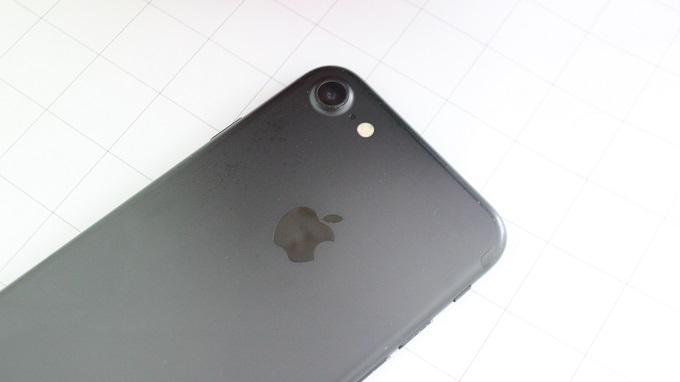 iphone-7-32gb-97-xtmobile_4
