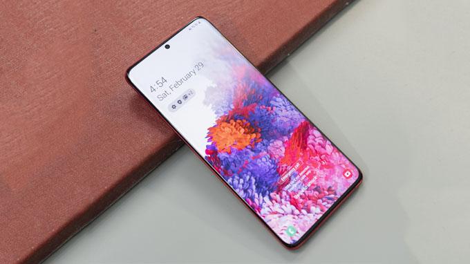 Galaxy S20 Plus 5G 256GB sở hữu màn hình sắc nét, tần số quét màn hình đến 120HZ