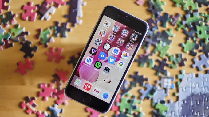 iPhone SE 2020 sở hữu tấm nền LCD tốt nhất thế giới hiện tại