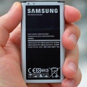 Thay pin Galaxy S5