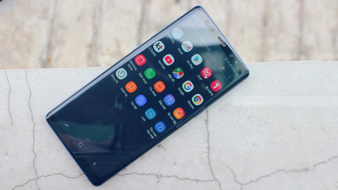 Màn hình Galaxy Note 8 có chất lượng hiển thị xuất sắc, diện tích mặt trước chiếm đến 84%