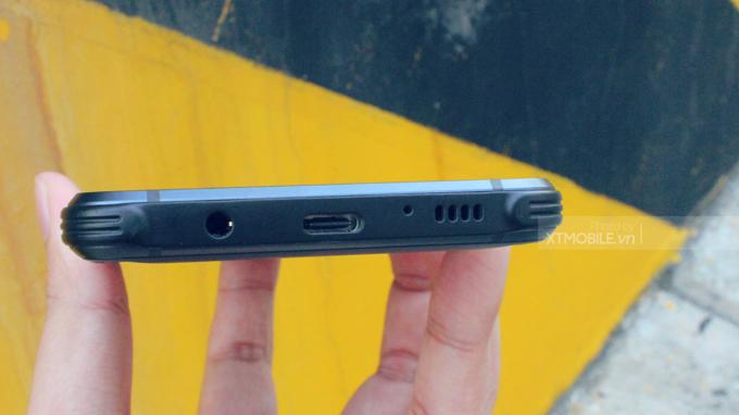 Galaxy S8 Active vẫn được trang bị cổng sạc USB Type C