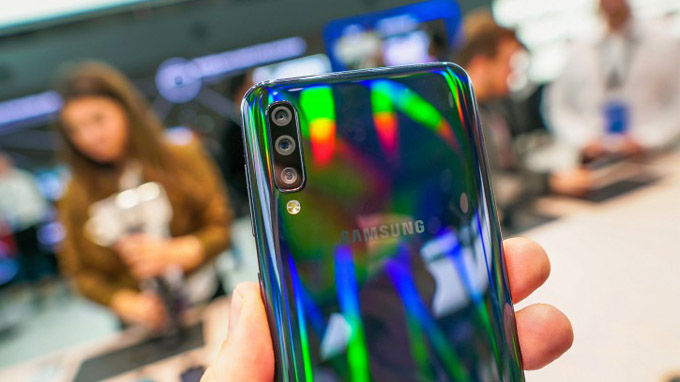 Cụm 3 camera trên Galaxy A50