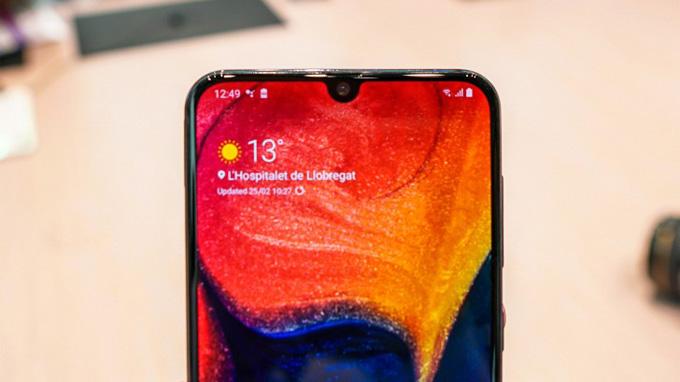 Samsung Galaxy A50 màn hình Infinity-U