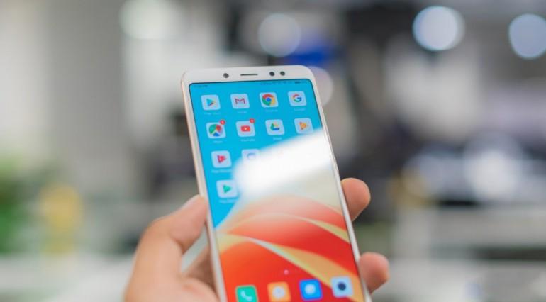 """3 ưu điểm trên Redmi Note 5 Pro: """"BÁ CHỦ"""" phân khúc phổ thông!!!"""