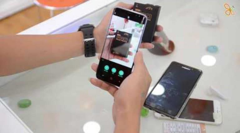 Bixby trên S8 có gì hay? giao diện S8 có gì mới?